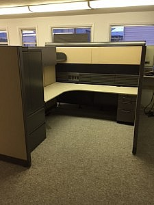 Allsteele Cubicle with Overhead